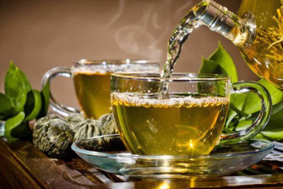 Sử dụng trà xanh điều trị sâu răng