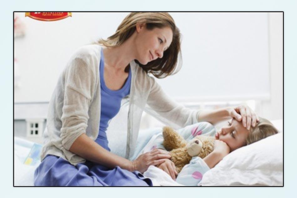 Nắm vững những quy tắc chăm sóc con khi bị cúm để giúp bé luôn khỏe mạnh. (Ảnh minh họa)