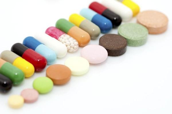 Thuốc kháng sinh răng chuyên biệt có thể chữa dứt điểm chứng đau răng nhưng lại để lại nhiều tác dụng phụ