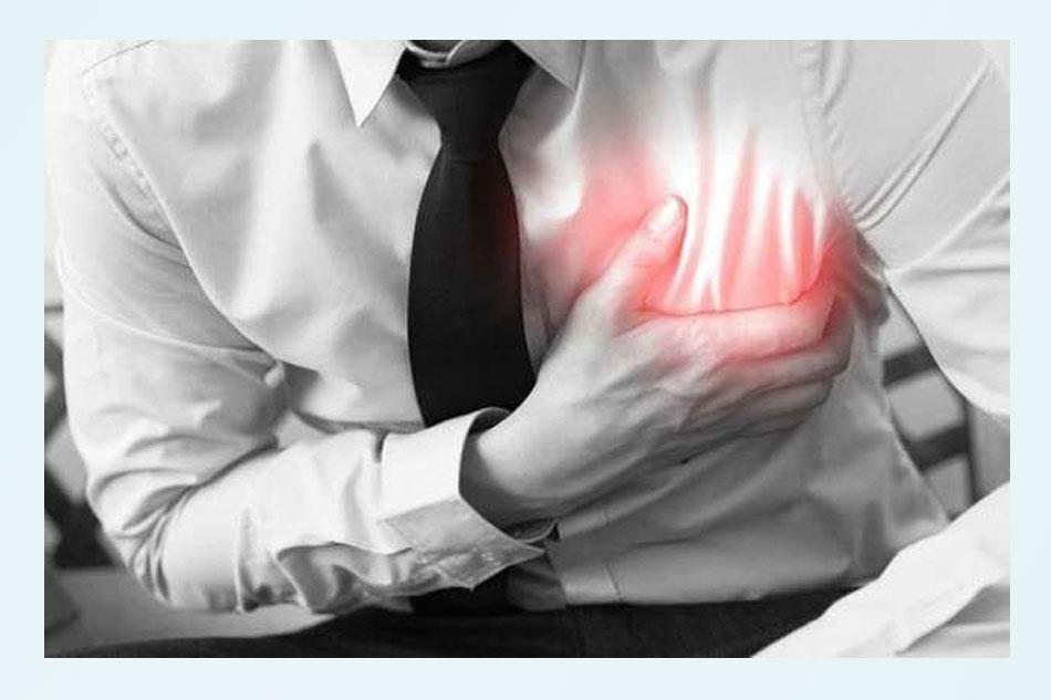 Đau tim có thể bắt nguồn từ viêm lợi. (Ảnh minh họa)