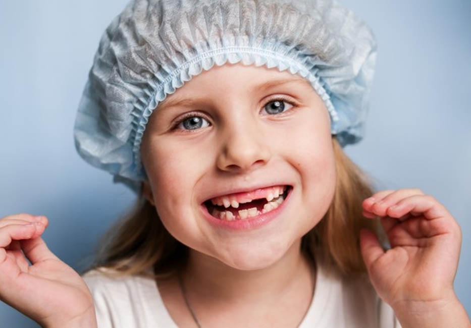 Trẻ bị sún răng ảnh hưởng lớn đến sự phát triển thể chất và trí não của trẻ